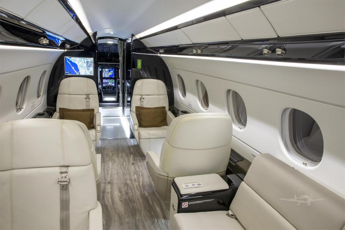 2015 EMBRAER LEGACY 500 Photo 7