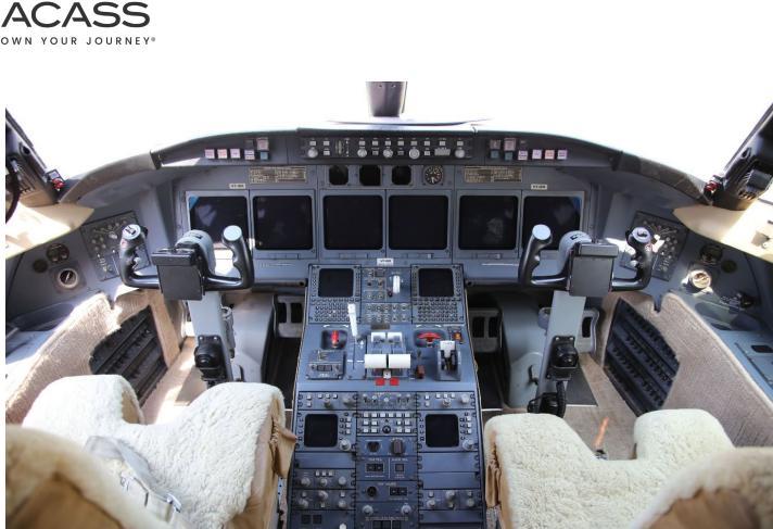 1999 Bombardier Challenger 604 Photo 5