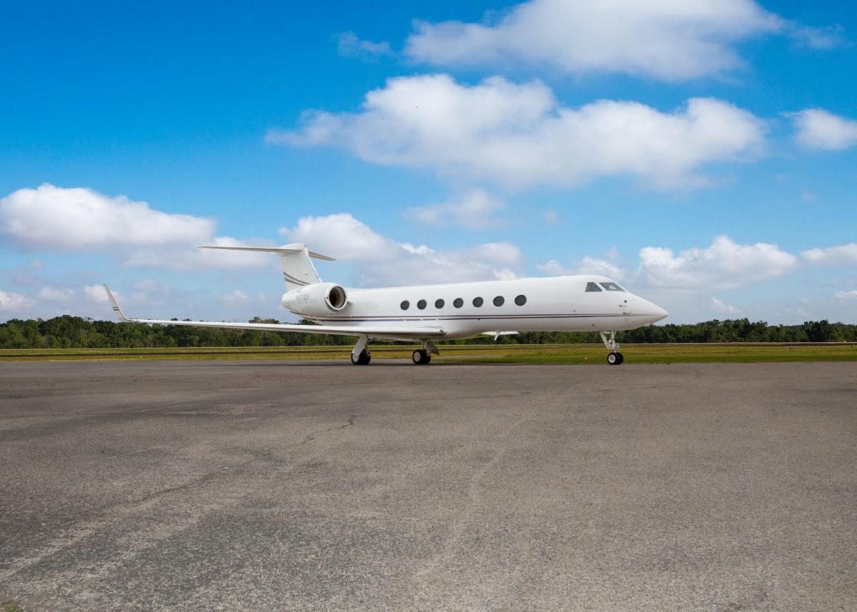 2008 Gulfstream G550 Photo 2