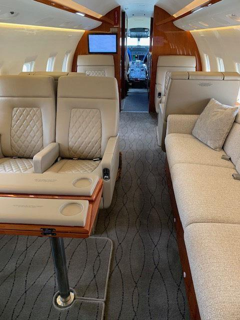 2005 BOMBARDIER/CHALLENGER 604 Photo 5