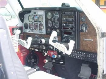 1973 BEECHCRAFT F33A BONANZA - Photo 2