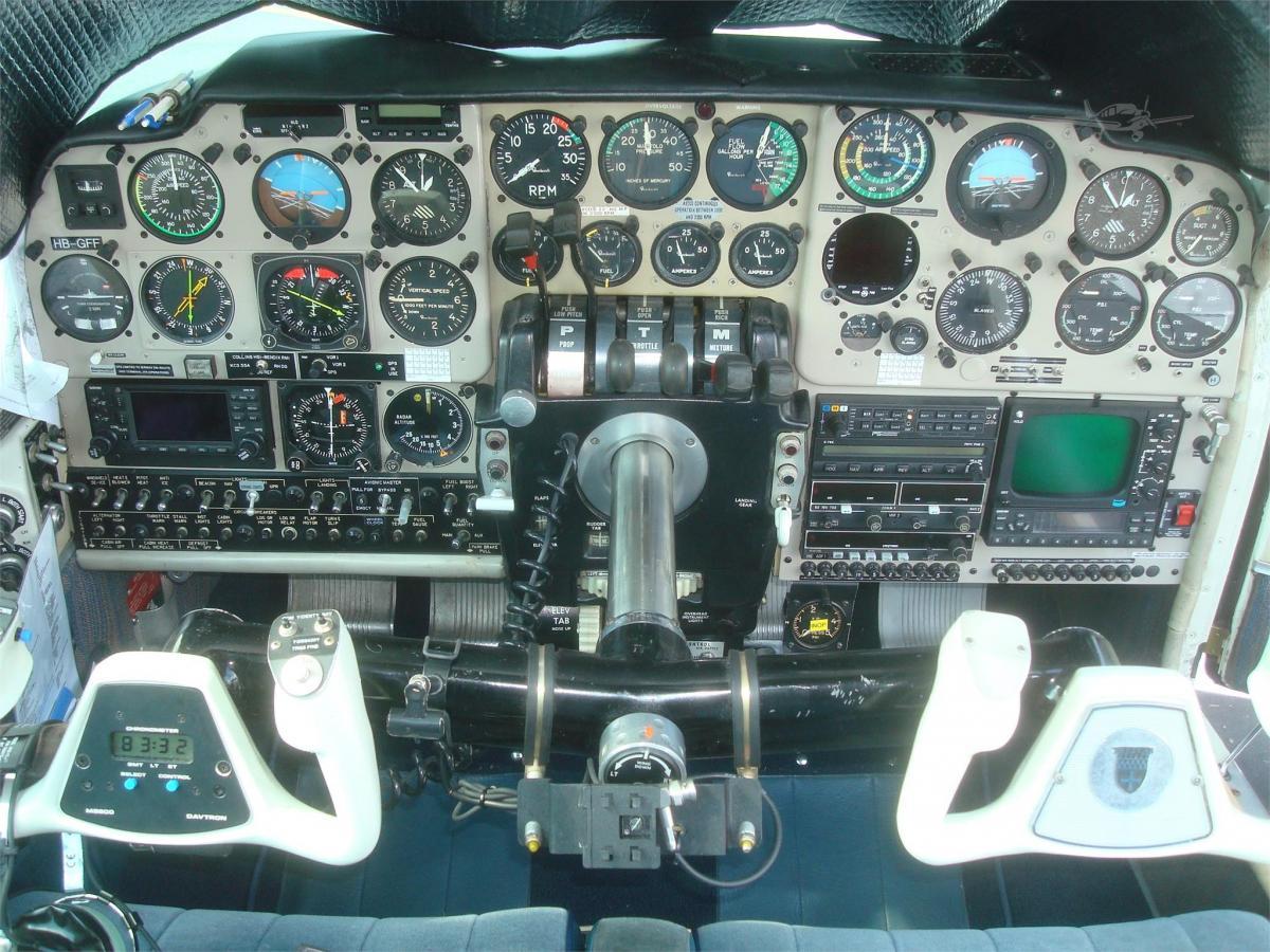 1964 BEECHCRAFT D95A TRAVEL AIR Photo 4