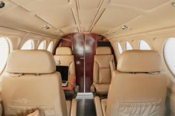 1992 BEECHCRAFT KING AIR B200 - Photo 3