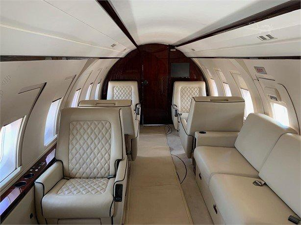 1986 BOMBARDIER CHALLENGER 601-1A Photo 5