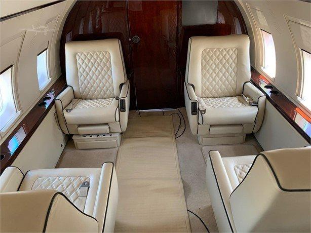 1986 BOMBARDIER CHALLENGER 601-1A Photo 2