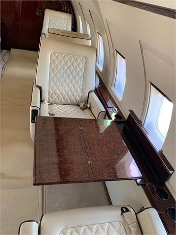 1986 BOMBARDIER CHALLENGER 601-1A Photo 4