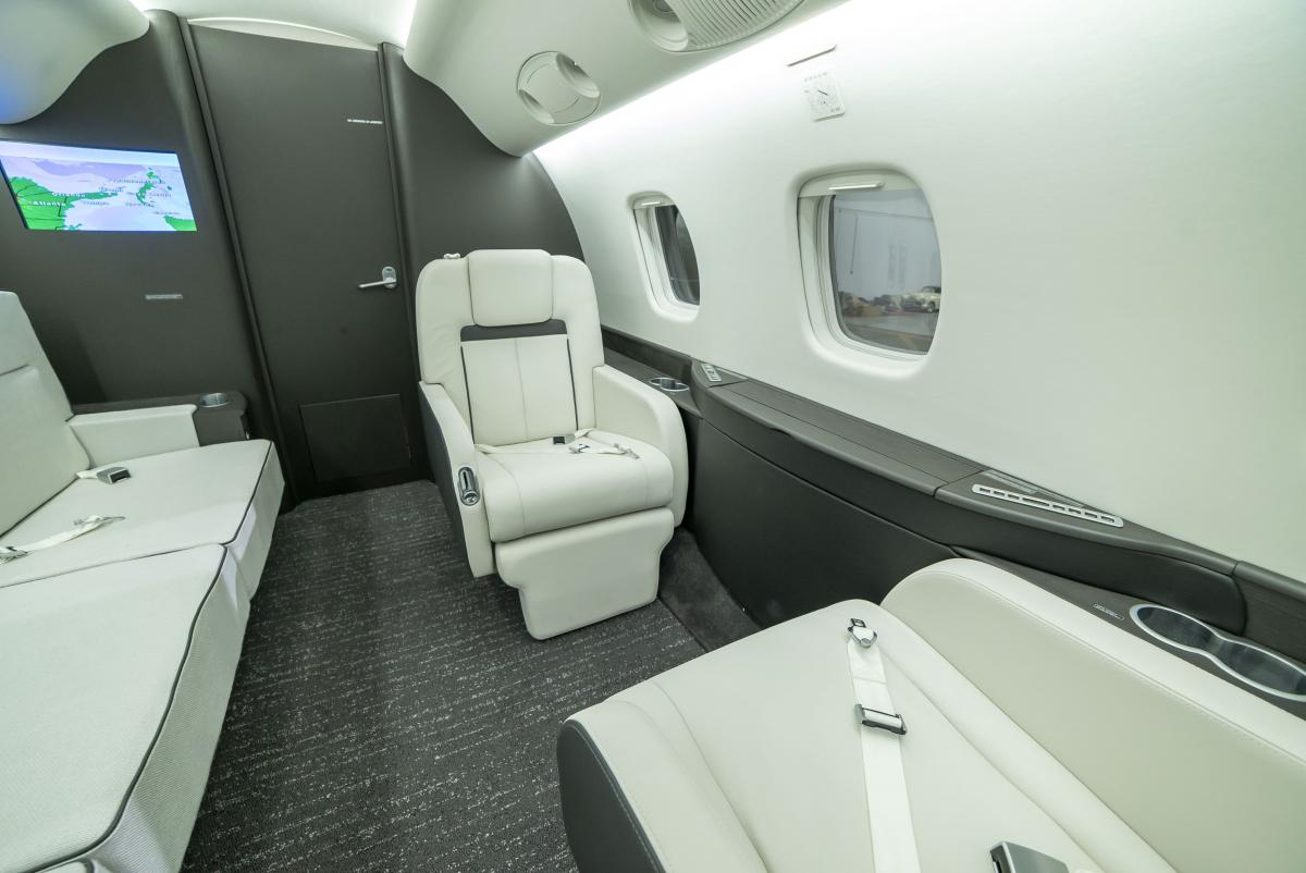 2004 Embraer Legacy 600 Photo 6