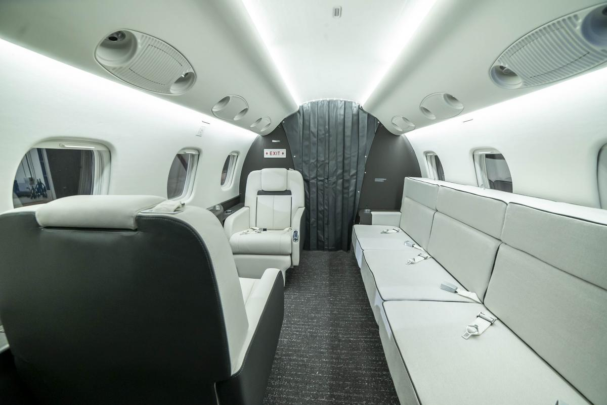2004 Embraer Legacy 600 Photo 2