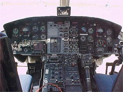 1981 BELL 412 Photo 4