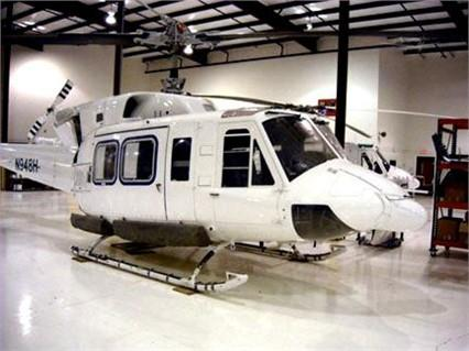 1992 BELL 212 Photo 2