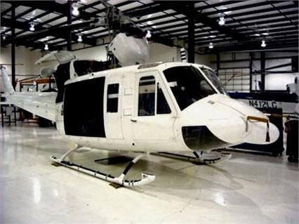 1991 BELL 212 Photo 3