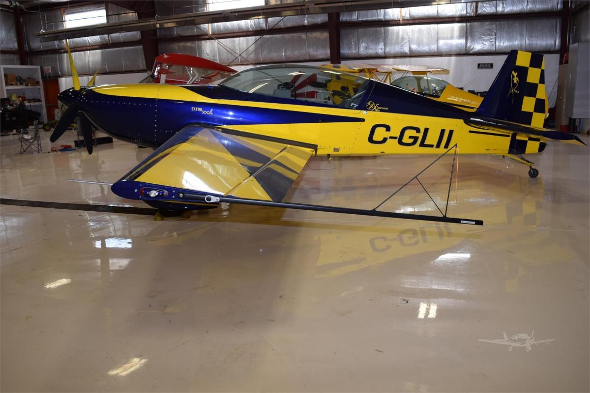 2006 EXTRA AIRCRAFT EA 300/L Photo 2