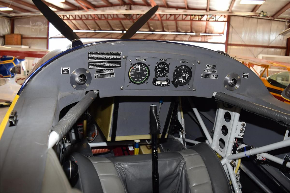 2006 EXTRA AIRCRAFT EA 300/L Photo 4