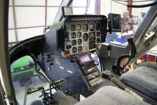 1990 Bell 206L-3 - Photo 5