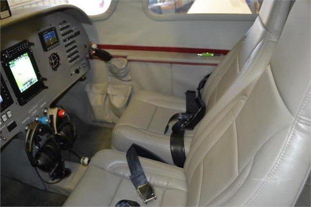 2014 LANCAIR IV Photo 4