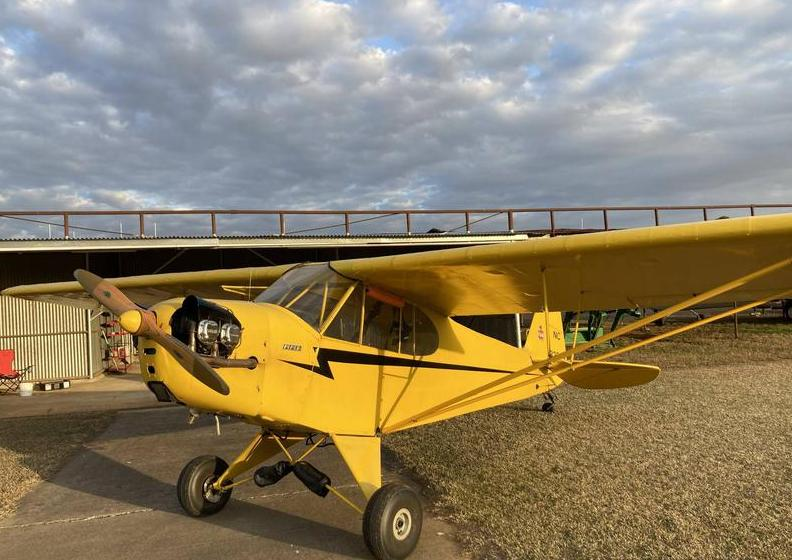 1940 Piper J-3 Cub Photo 2