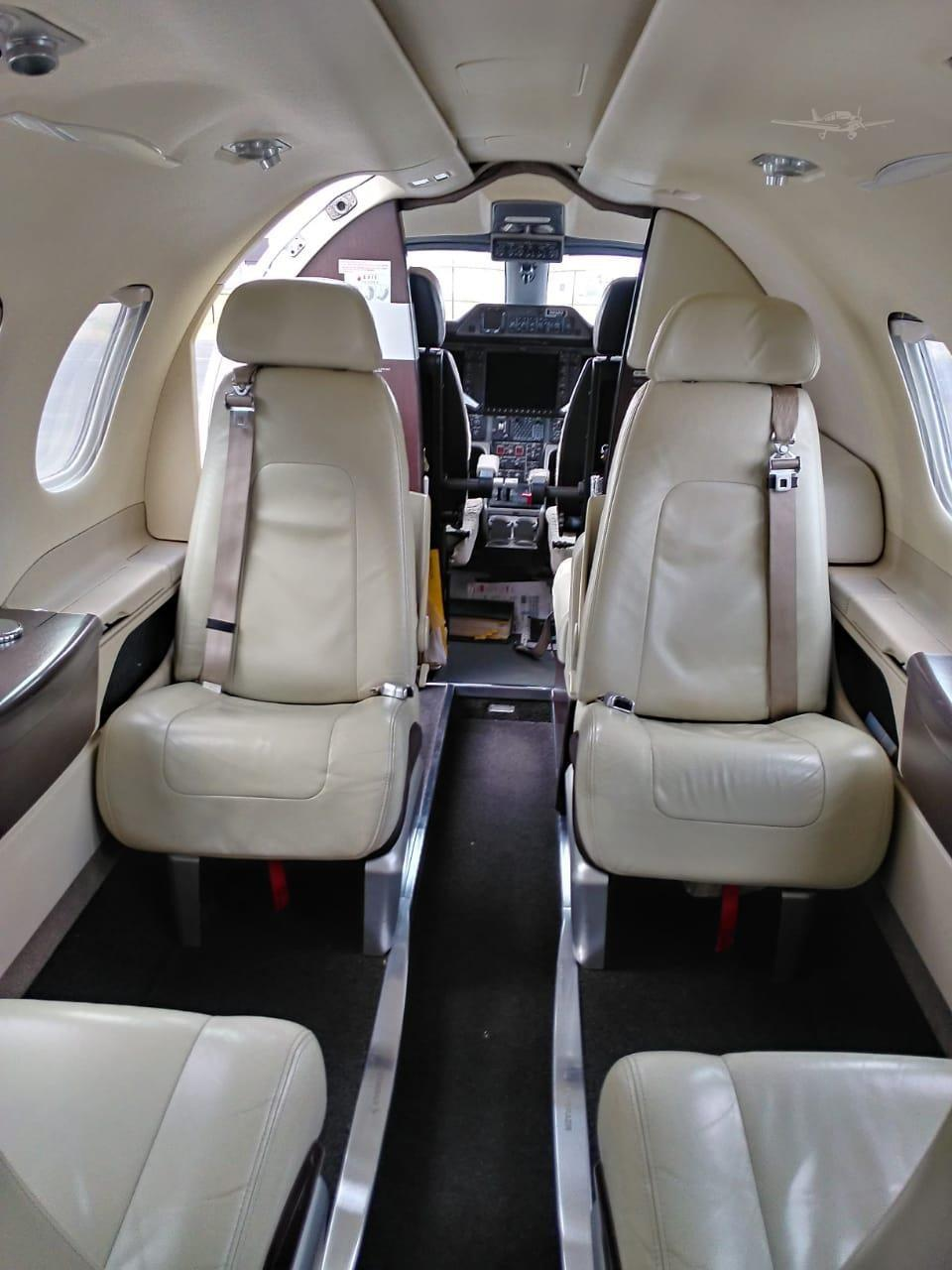 2010 EMBRAER PHENOM 100 Photo 4