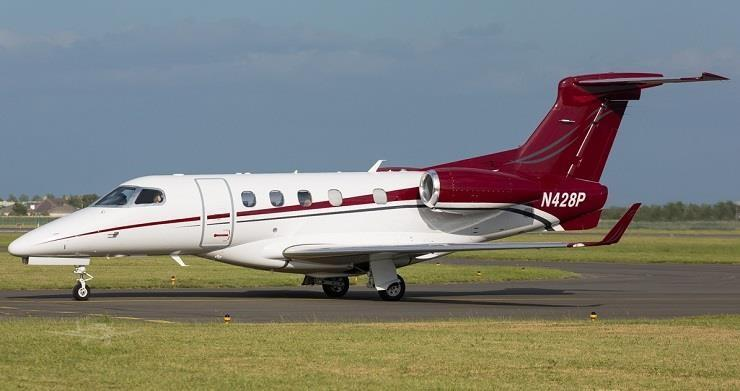2010 EMBRAER PHENOM 300 Photo 2