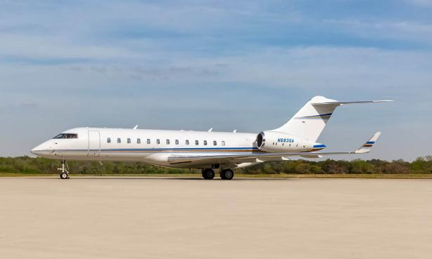 2004 Bombardier Global Express  Photo 2