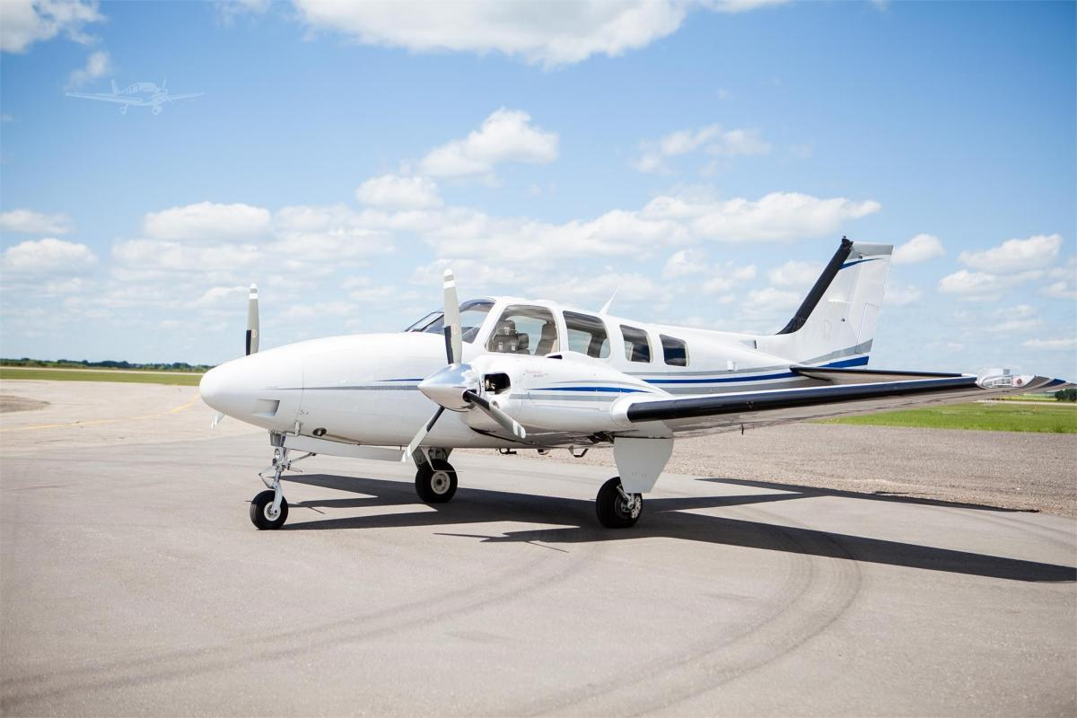 2010 BEECHCRAFT G58 BARON - Photo 1