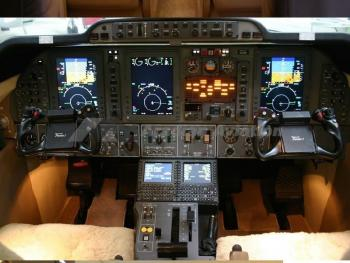 2005 BEECHCRAFT PREMIER I - Photo 4