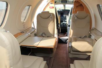 2002 BEECHCRAFT PREMIER I  - Photo 2