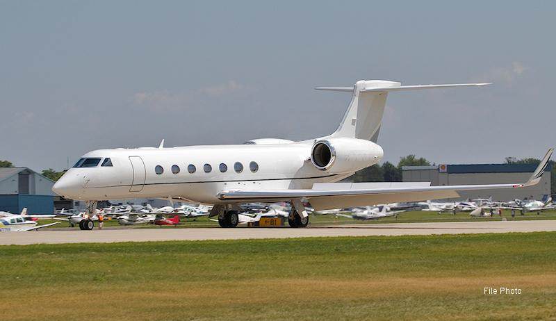 2013 Gulfstream G550 - Photo 1