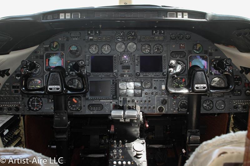 1980 Learjet 25 D Photo 4