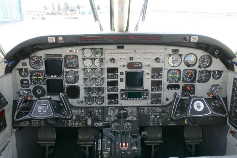 1993 Beech King Air C90B Photo 6