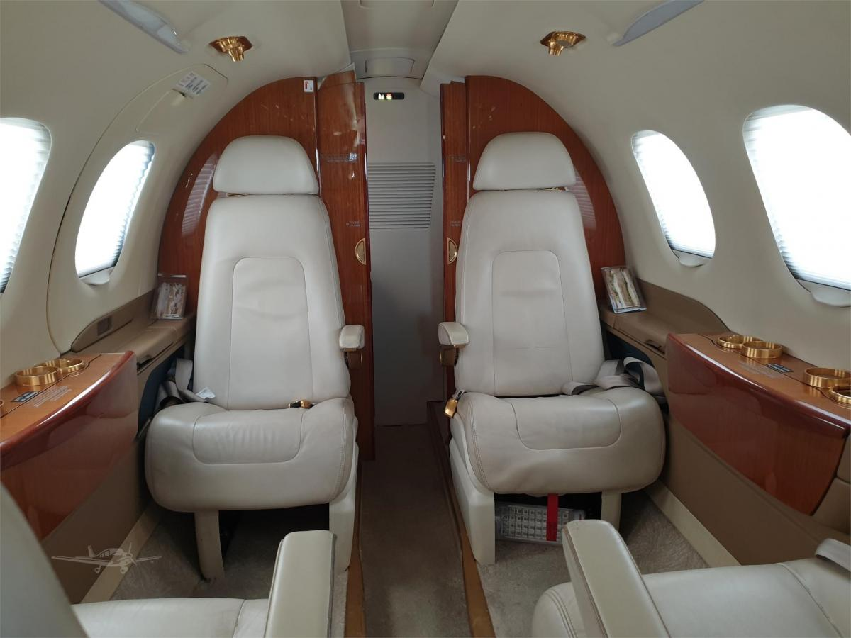 2014 EMBRAER PHENOM 100E Photo 5