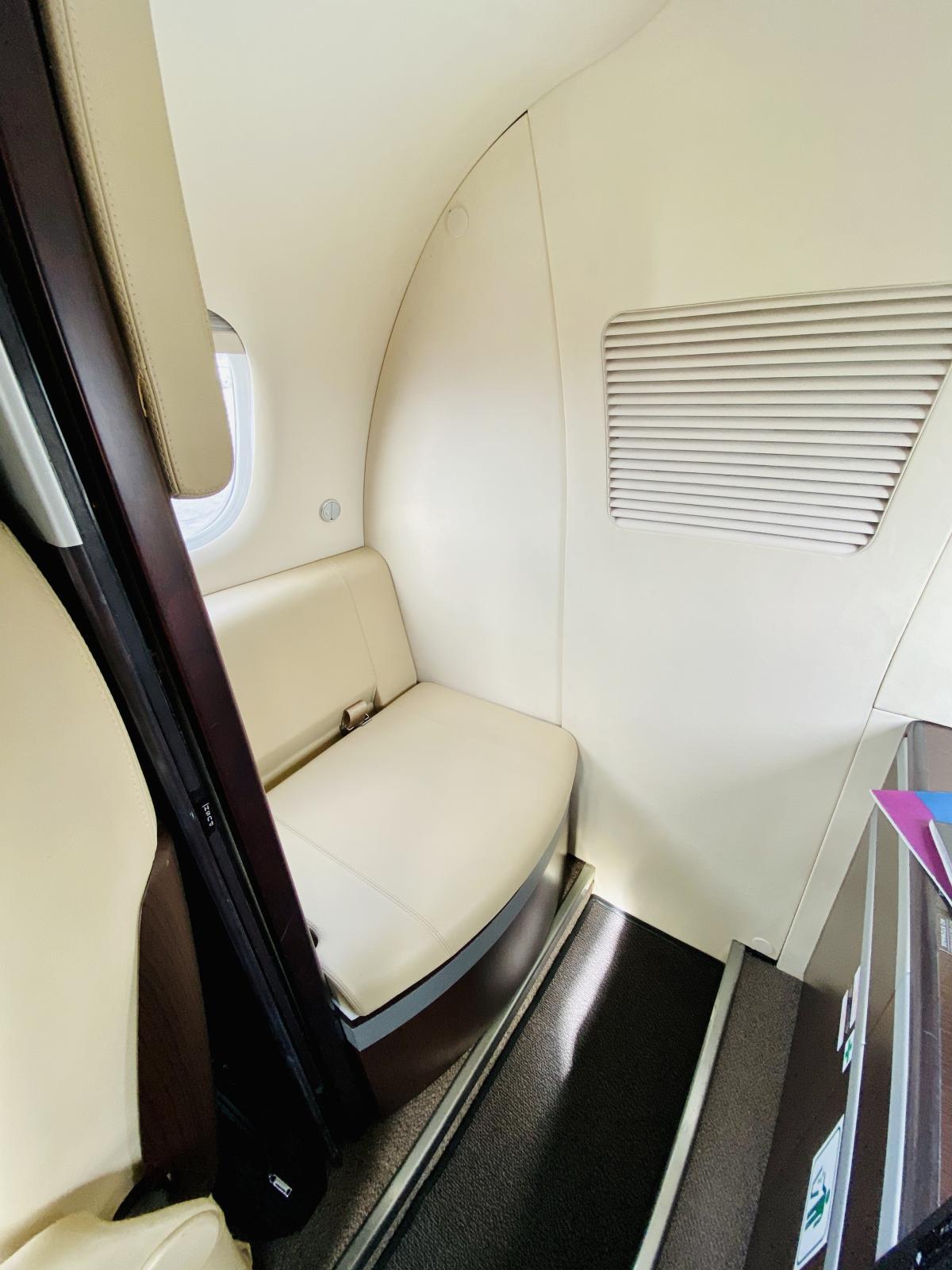 2011 Embraer Phenom 100 Photo 7