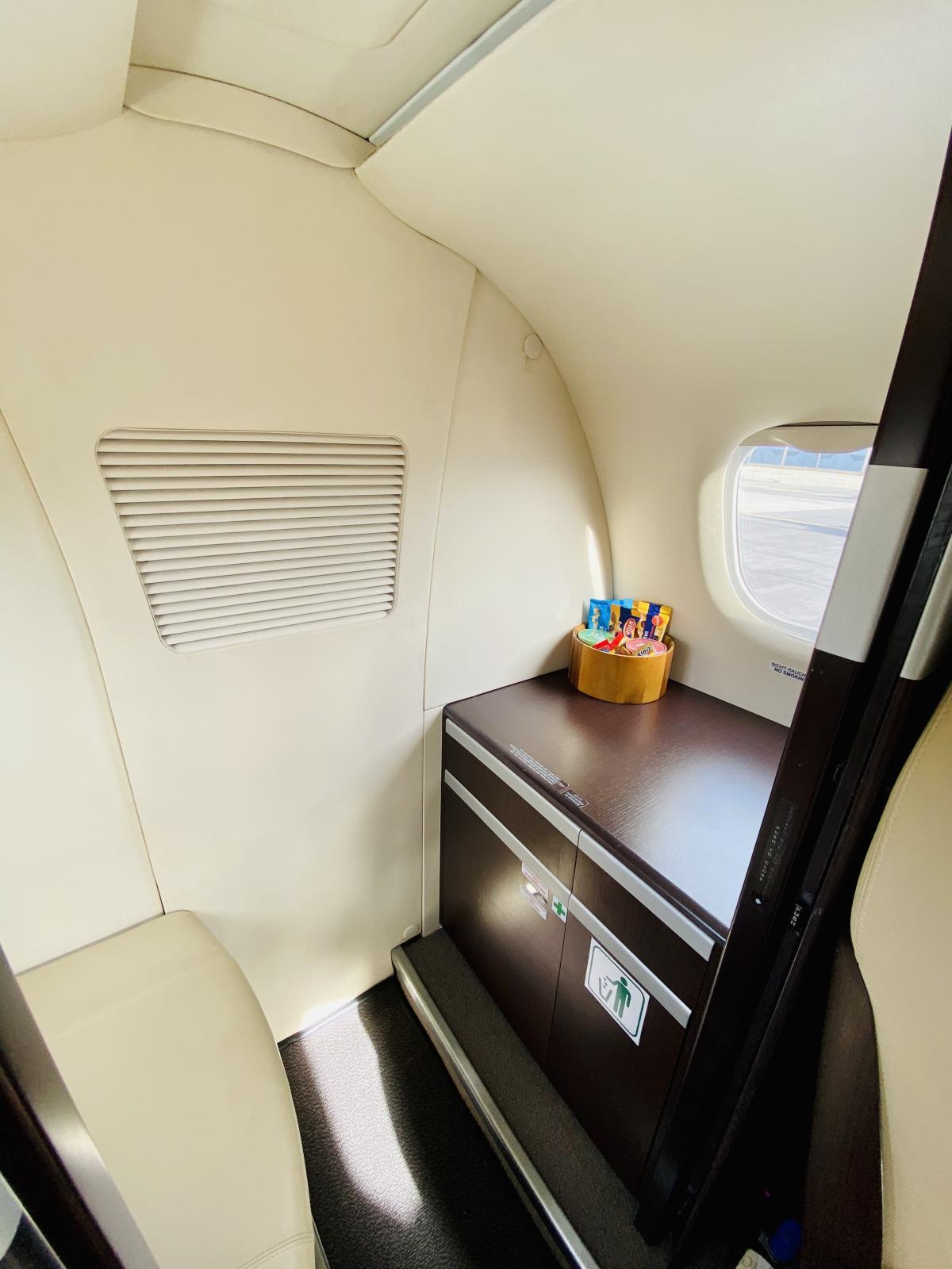 2011 Embraer Phenom 100 Photo 6