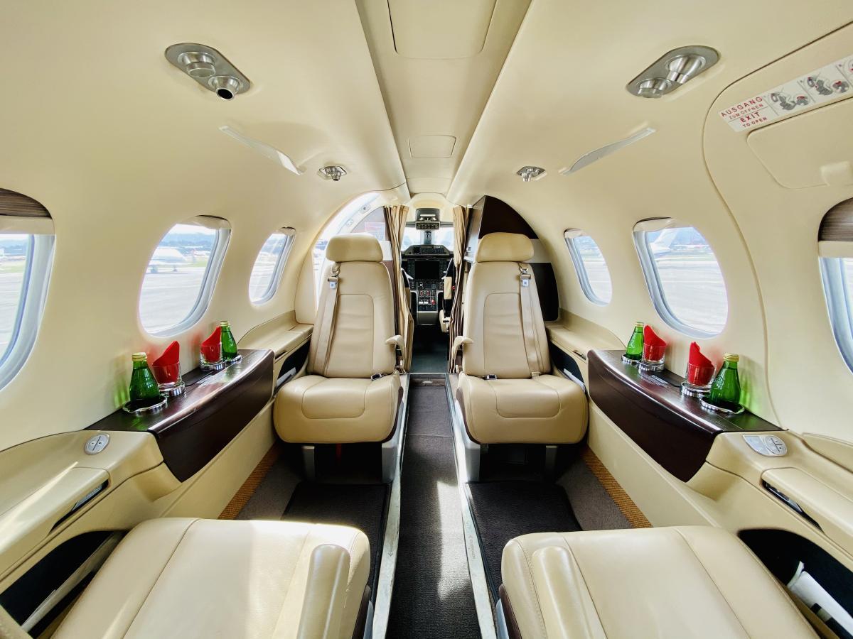 2011 Embraer Phenom 100 Photo 4