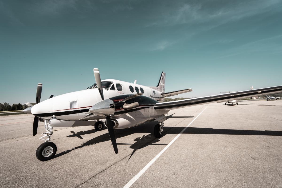 2010 Beech King Air C90 GTx Photo 2