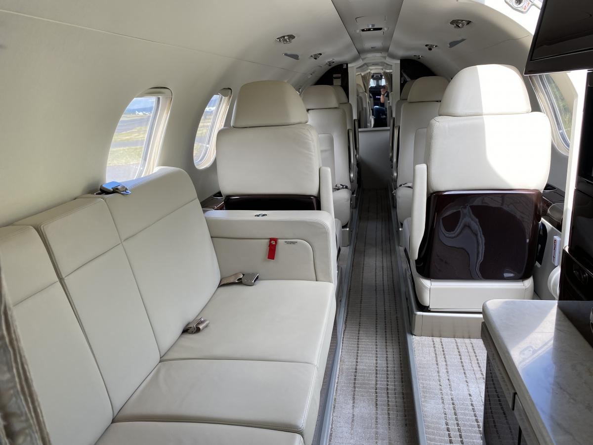 2016 Embraer Phenom 300 Photo 4