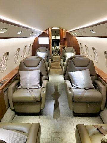 2009 Bombardier Challenger 300 Photo 5