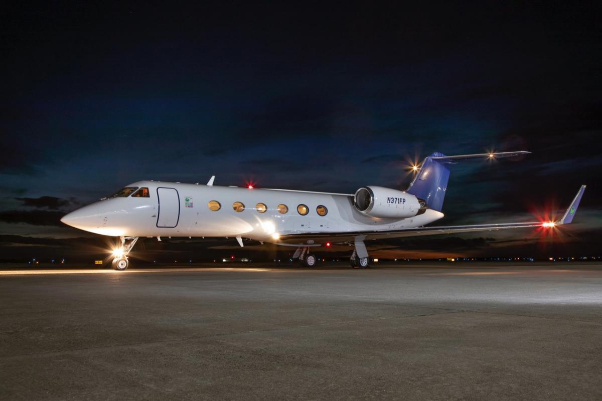 1999 Gulfstream IVSP - Photo 1