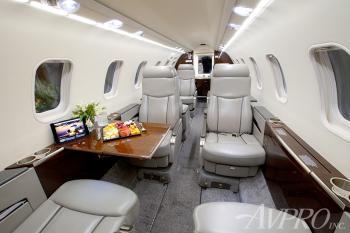 2009 Learjet 45XR - Photo 5