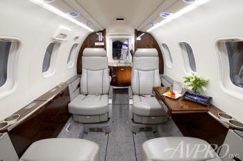 2009 Learjet 45XR - Photo 9