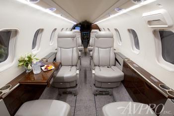 2009 Learjet 45XR - Photo 10