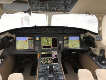 2013 Dassault Falcon 7X - Photo 10