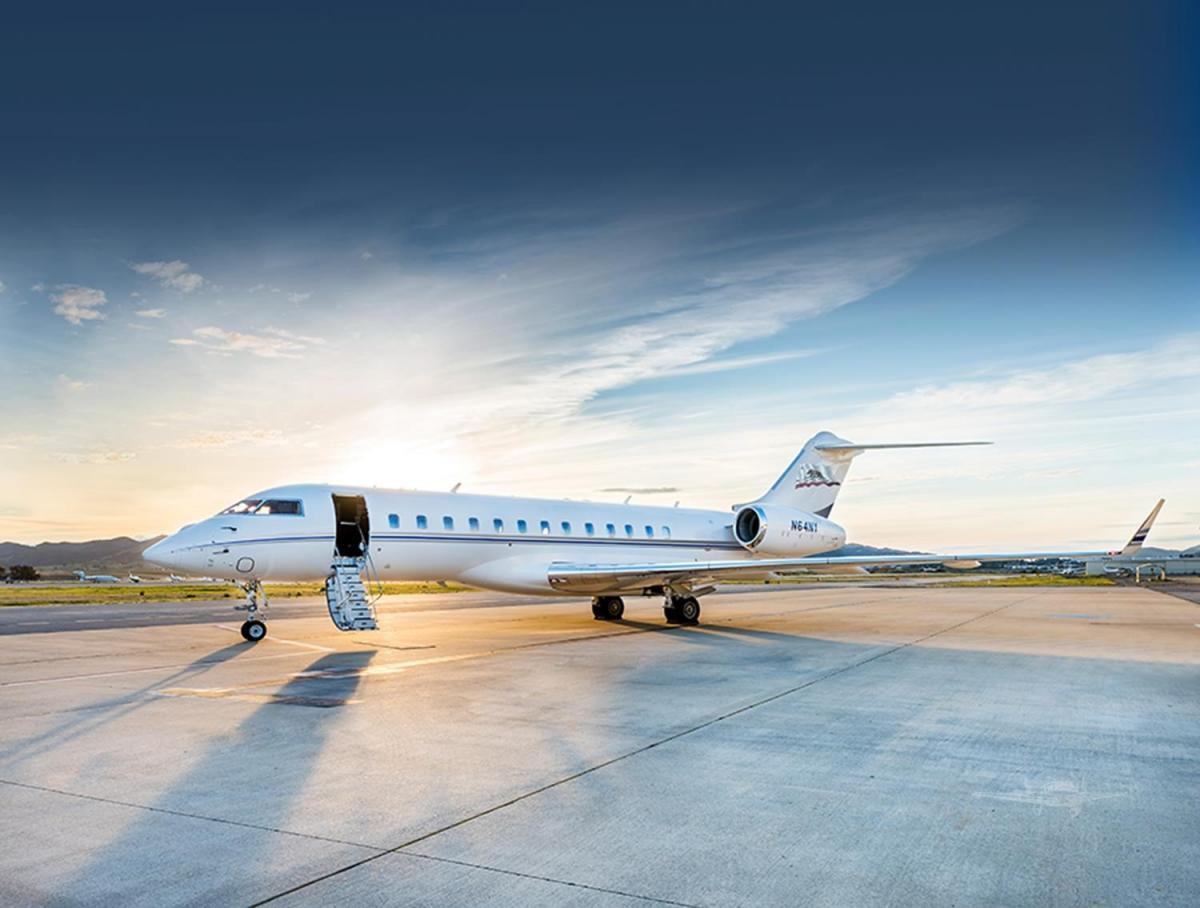 2010 BOMBARDIER GLOBAL EXPRESS  - Photo 1