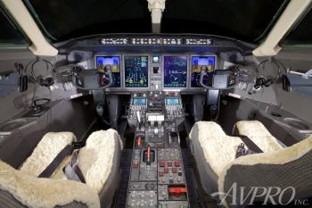 2005 Bombardier Challenger 300 - Photo 10