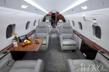 2005 Bombardier Challenger 300 - Photo 7