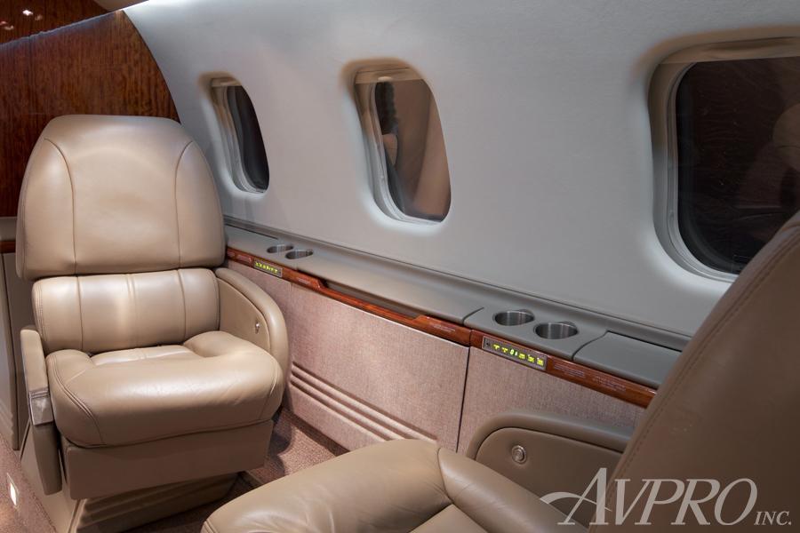 2000 Learjet 60 Photo 3