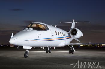 2000 Learjet 60 - Photo 2