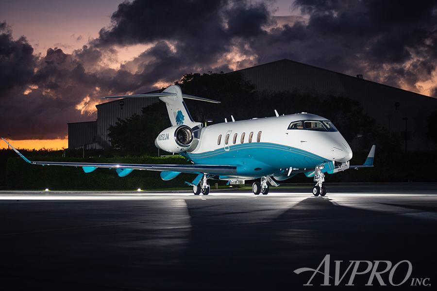 2014 Bombardier Challenger 350 Photo 4