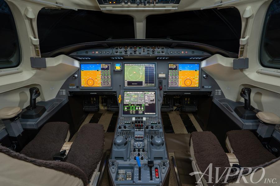 2013 Dassault Falcon 7X Photo 6