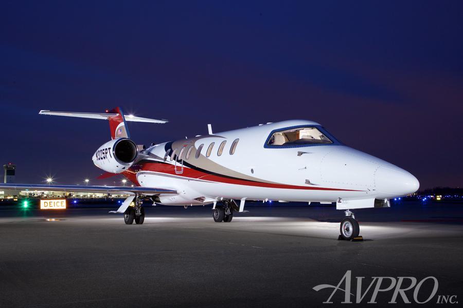 2009 Learjet 45XR Photo 2