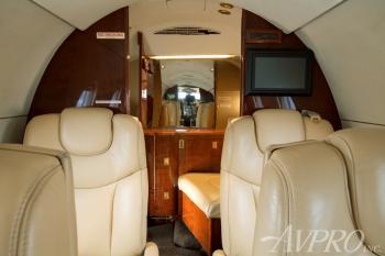 1999 Beechjet 400A - Photo 9